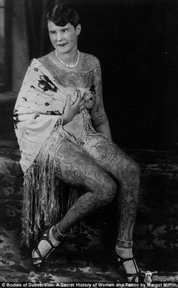 Mujeres tatuadas años 30