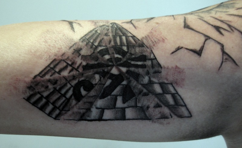 Tatuajes De Pirámides Tendenziascom