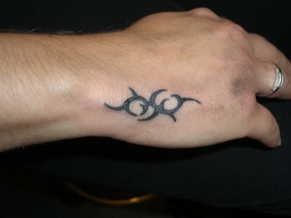 Small-Tattoo-Design-for-Hand