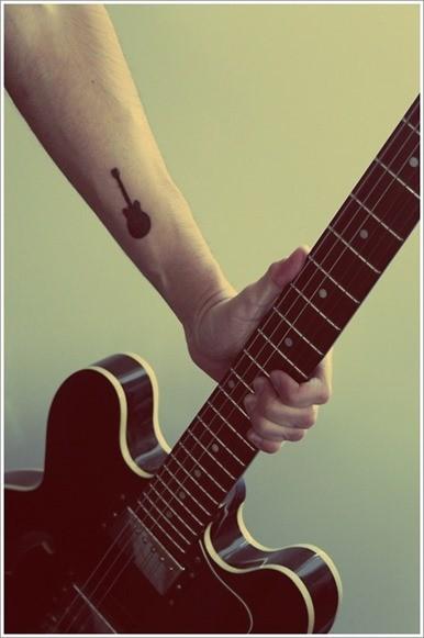 Tatuajes de guitarras 5