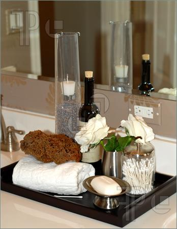 Toiletries-Bath-Items-Bathroom-Vanity-282369