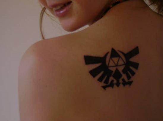 Zelda triangulo tatuaje