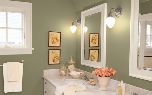 podemos elegir un mueble empotrado bajo el lavabo y colocar un espejo sobre la pared o bien colocar un lavabo sin pies que solo est empotrado en la pared