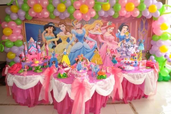 decoracion-de-fiestas-infantiles-decoración-tematica-de-princesas-Disney