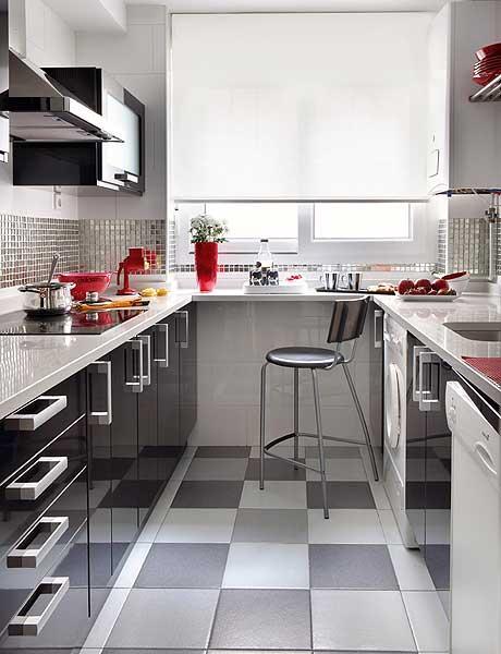 Dise os y formas de cocinas 2014 for Cocina pequena en forma de u con barra