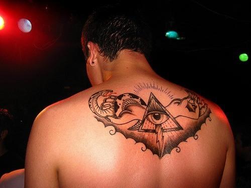 Tatuajes de piramides