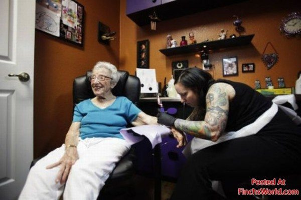 tatuajes personas mayores