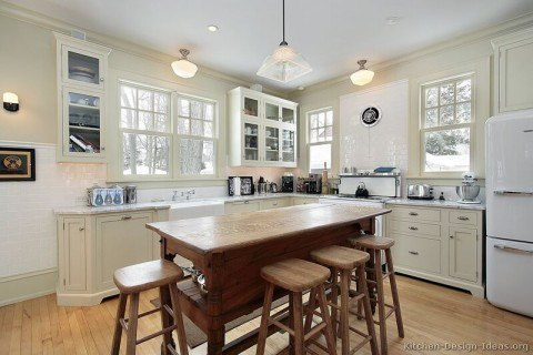 kitchen-cabinets-traditional-antique-white-054-s27582904-island-luxury-farm-sink