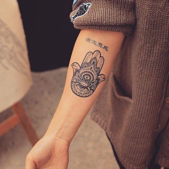 Los Mejores Tatuajes De Símbolos Y Sus Significados Tendenziascom