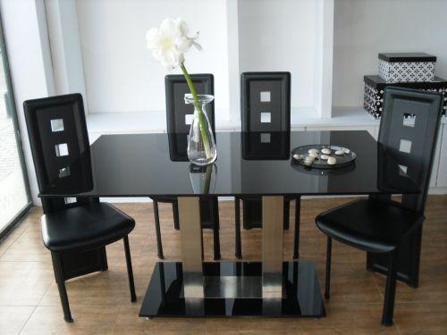 Mesas y sillas de comedor elegante for Sillas de comedor elegantes
