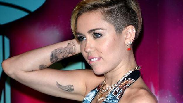 myley-cirus-tatuajes