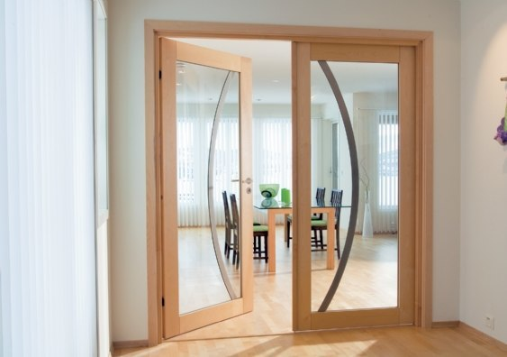 Fotos de puertas for Puertas madera y cristal interior