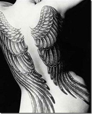 tattoos de alas en la espalda 03_0