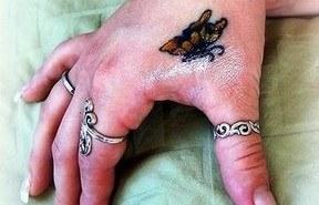 Tatuaje mano