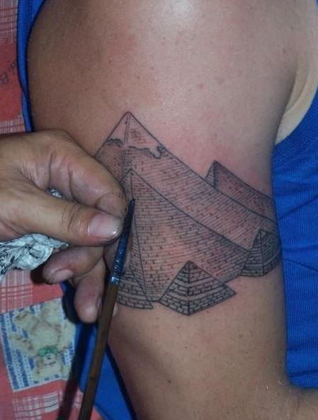 tatuaje-piramides2
