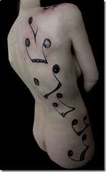 tatuaje-notasmusic-espalda_1