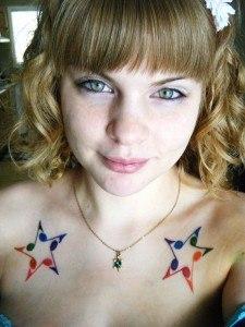 tatuajes-de-estrellas-de-colores-21