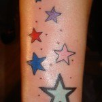 tatuajes-de-estrellas-de-colores-27