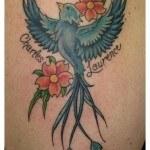 tatuajes-de-golondrinas-azules3