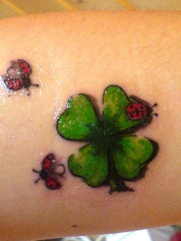 tatuajes cruz