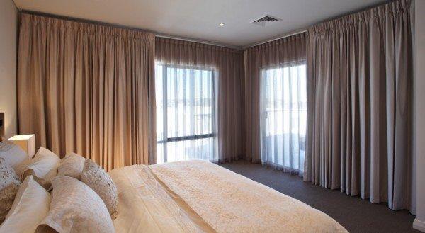 trucos-de-como-mantener-la-casa-caliente-en-invierno-utiliza-cortinas-gruesas